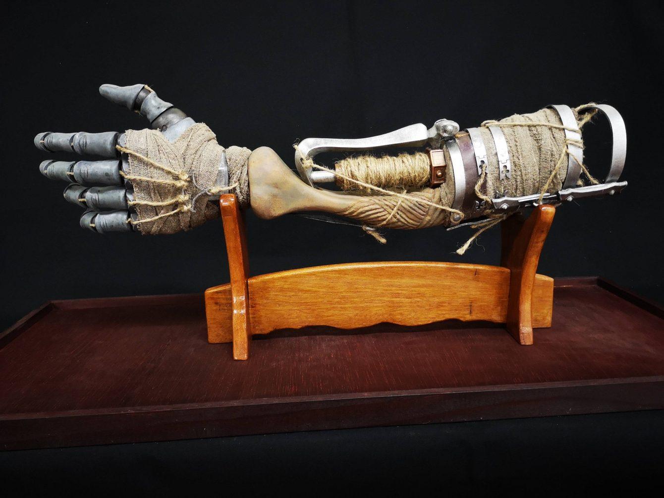 این دست مصنوعی که توسط طرفداران Sekiro: Shadows Die Twice  ساخته شده فوقالعاده به نظر میرسد