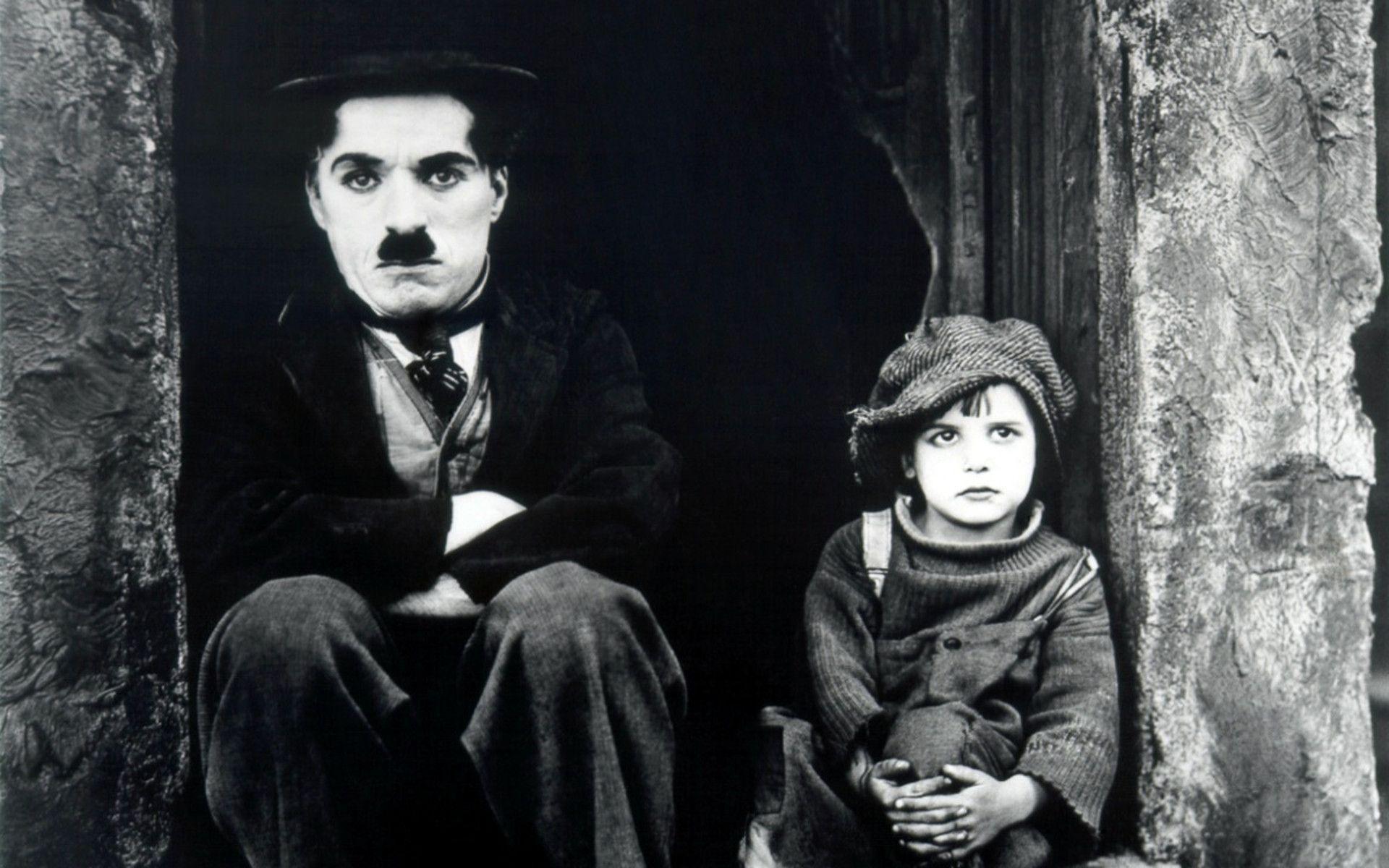به عنوان ادای احترامی به میراث چارلی چاپلین، در ادامه این مطلب شما را با 10 واقعیت در مورد ستاره جذاب سینمای کمدی کلاسیک آشنا خواهیم کرد.