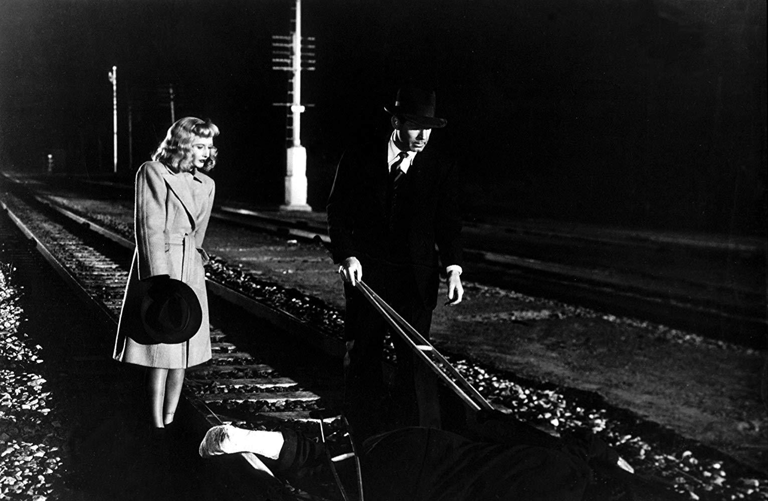 فیلم نوآر (Noir) همواره یکی از جذاب ترین سبک های فیلمسازی در تاریخ سینما بوده است. اما شاید بسیاری ندانند معنا و خصوصیات یک فیلم نوآر چیست.