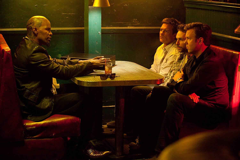 سریال «بریکینگ بد» (Breaking Bad) یک سریال موفق 5 فصلی بود که یکی از سرگرم کننده ترین و منسجم ترین سریال هایی به شمار می آید که تاکنون ساخته شده است.