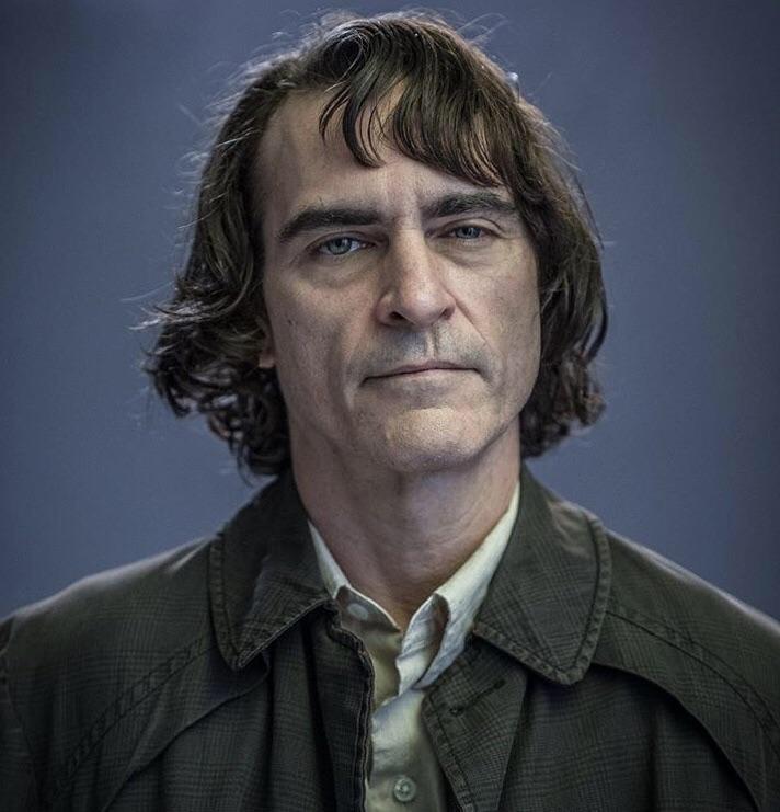 فیلم «جوکر» (Joker) با بازی خواکین فینیکس و کارگردانی تاد فیلیپس شروعی خارق العاده در باکس آفیس داشته و رکوردهای متعددی را جابجا کرده است.