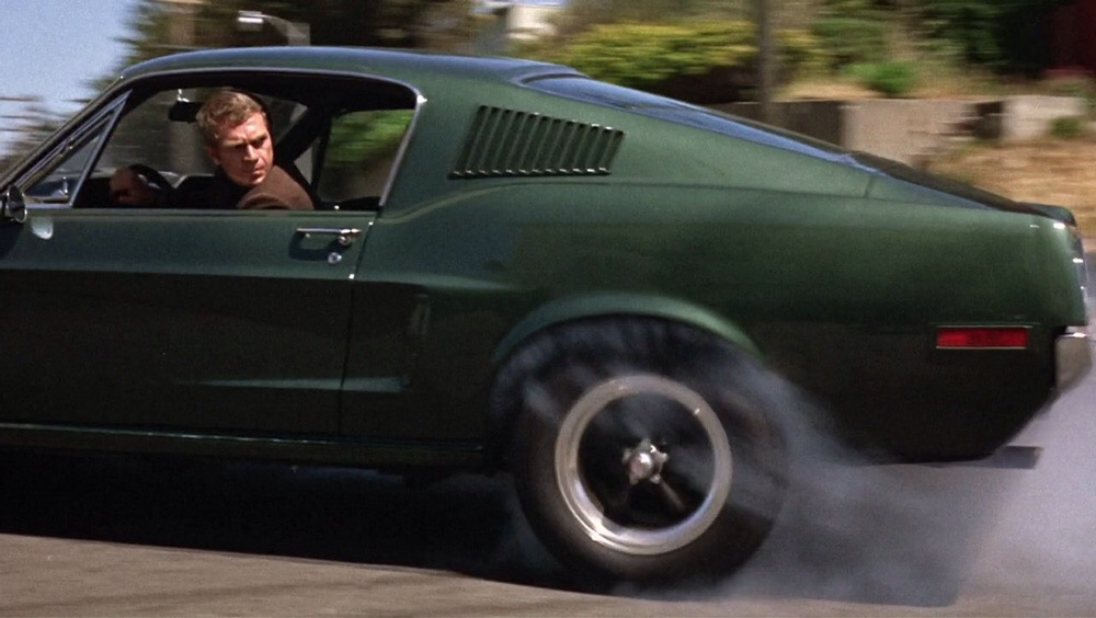 در ادامه این مطلب می خواهیم شما را با 5 فیلم برتر ژانر اکشن با بهترین سکانس های تعقیب و گریز با خودرو آشنا کنیم.